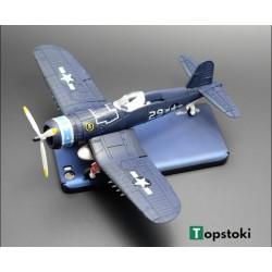 Сглобяем боем самолет  F4U
